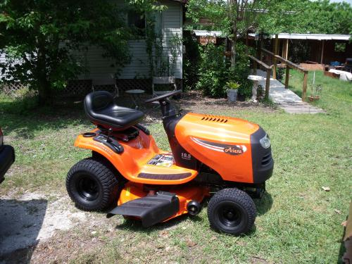 Ariens 20 Hp Lawn Tractor : Ariens in hp kohler hydrostatic riding lawn tractor