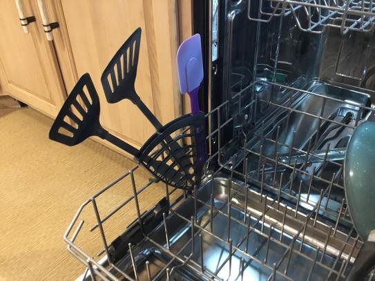 Side holder for utensils or knives