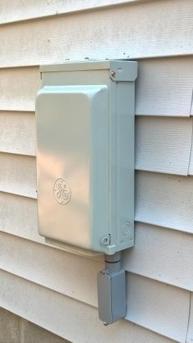 Ge Rv Panel With 50 Amp And 30 Amp Rv Receptacles And A 20