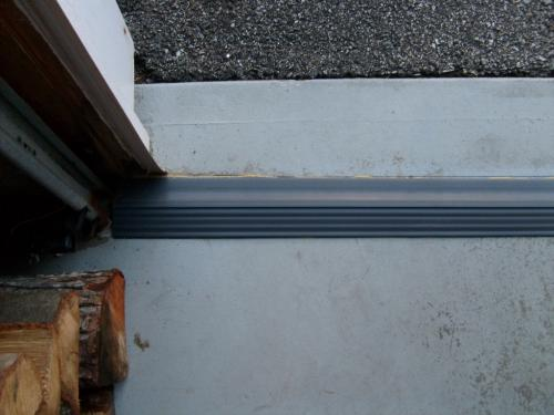 bottom nail door wooden on threshold seal garage yhst gadoth