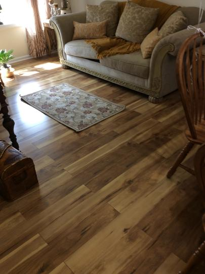 Pergo Xp Country Natural Hickory 10 Mm Thick X 5 14 In Wide X 47 1