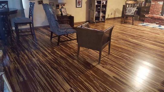 Home Decorators Collection Strand Woven Natural Tigerstripe 3 8 In T X 5 1 W 72 L Engineered Click Bamboo Flooring Hd13008a At The Depot