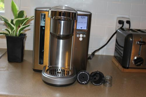 Breville 1-Cup Gourmet Coffee Brewer - Remanufactured-DISCONTINUED RM- BKC700XL at The Home Depot - Mobile