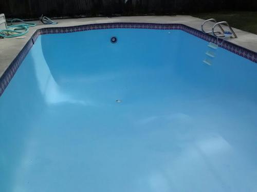 Insl-X 1 gal. Semi-Gloss Water Ocean Blue Swimming Pool ...