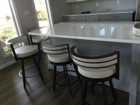 Enjoyable Amisco Browser 30 In Cream Faux Leather Dark Brown Metal Uwap Interior Chair Design Uwaporg