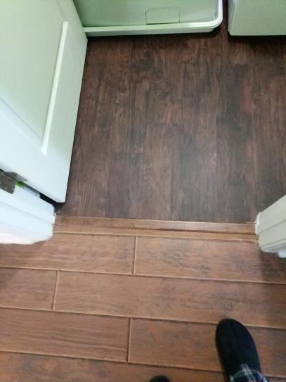 Home Decorators Collection Java Hickory 6 In X 36 In Luxury Vinyl Plank Flooring 20 34 Sq Ft Case 60199 At The Home Depot Mobile