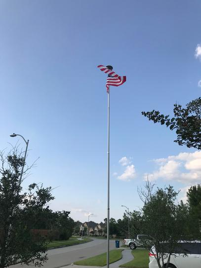 Annin Flagmakers Solar Powered Flagpole Light 2472 At The