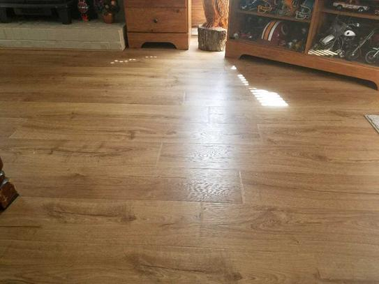 Pergo Outlast Marigold Oak 10 Mm Thick X 7 1 2 In Wide X