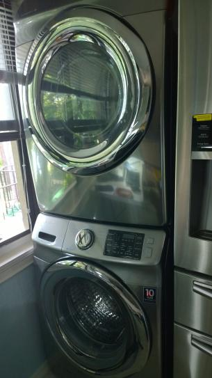 Samsung 27 in Washer and Dryer Stacking Kit SKK7A at The Home