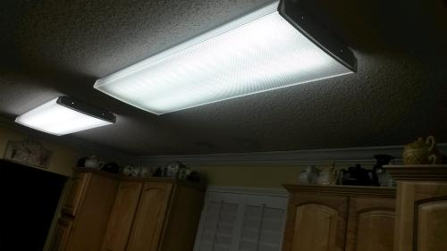 Lithonia Lighting 4 Foot Fluorescent Wraparound Ceiling Light ...