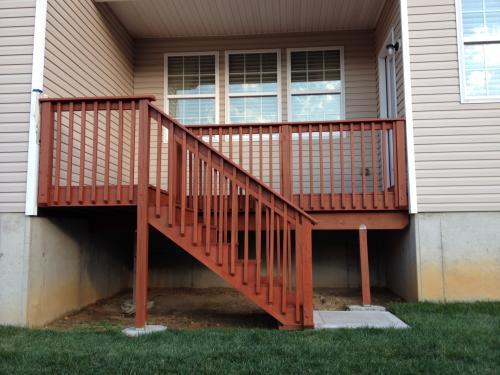 BEHR 1 Gal Redwood Semi Transparent Waterproofing Wood Stain 333001