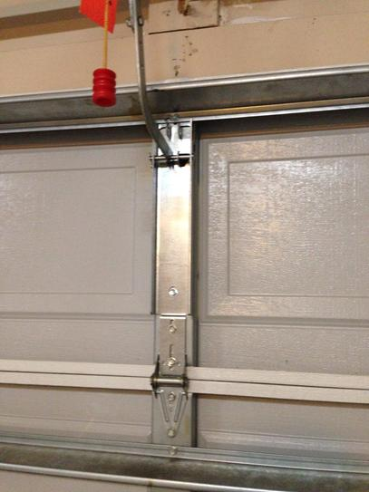 "Garage Door Operator Mounting//Section Reinforcement Bracket for 21/"" Top Section"