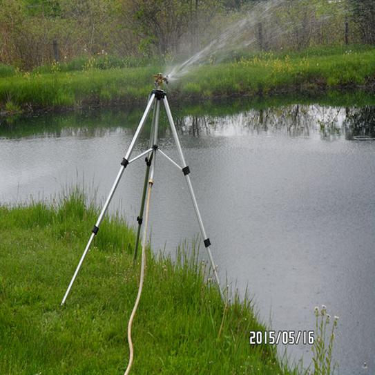 The sprinkler output provides a terrific rain effect that covers a great deal of area.