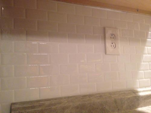 Smart Tiles Subway White 10 95 In W X 9 70 H L And Stick Self Adhesive Decorative Mosaic Wall Tile Backsplash 6 Pack Sm1020 At The Home Depot