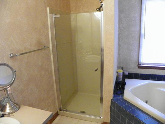 Awesome Shower Maax Inspiration - Bathtubs For Small Bathrooms ...
