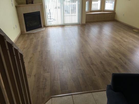 Pergo Outlast Marigold Oak 10 Mm Thick X 7 12 In Wide X 47 14 In