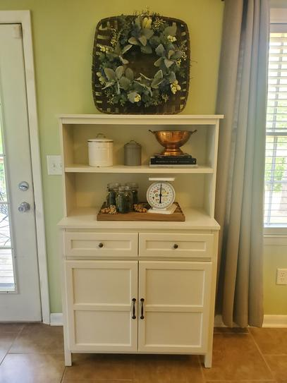 Stylewell Stylewell Ivory Wood Transitional Kitchen Pantry 36 In W X 58 In H Sk19311ar1 V The Home Depot