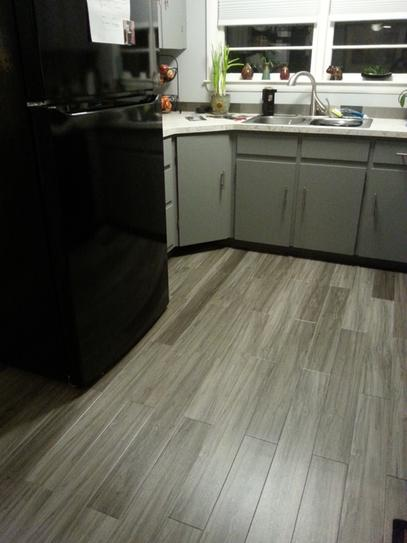 Trafficmaster Allure Plus 5 In X 36 Grey Maple Luxury Vinyl Plank Flooring 22 Sq Ft Case 97514 At The Home Depot Mobile