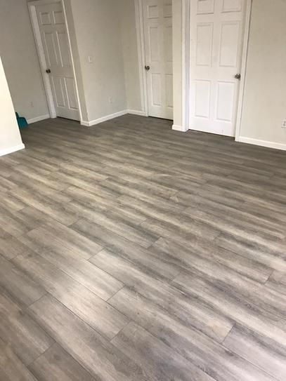 Pennsylvania Traditions Oak 12 Mm Thick X 796 In Wide X 5437 In