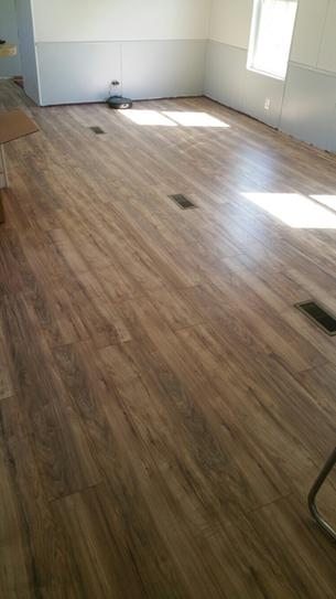 Trafficmaster Lakeshore Pecan 7 Mm Thick X 7 2 3 In Wide X 50 5 8 In Length Laminate