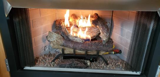 american elm 18 in vent free propane gas fireplace logs
