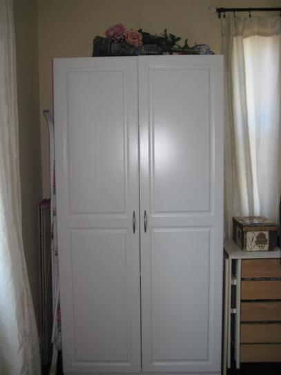 Closetmaid 36 In Laminated 2 Door Raised Panel Storage Cabinet White 12316 At The Home Depot Mobile