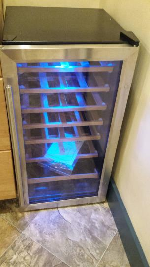 Vissani 17 In 28 Bottle Wine Cooler In Stainless Steel