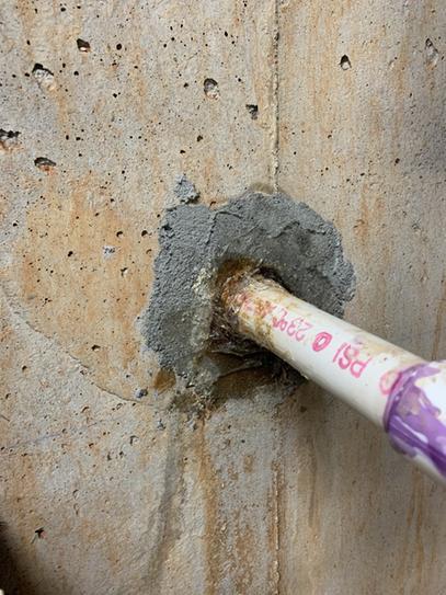OSI QUAD Max sealing around intrusive pipe