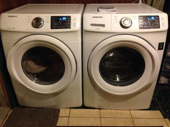 Samsung 7 5 cu  ft  Electric Dryer in White DV42H5000EW at