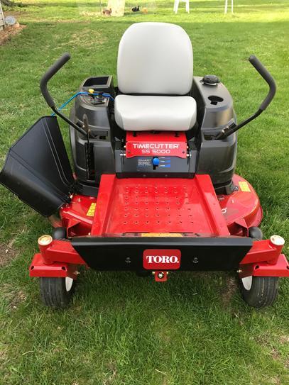 Toro TimeCutter SS5000 50 in  24 5 HP V-Twin Gas Zero Turn