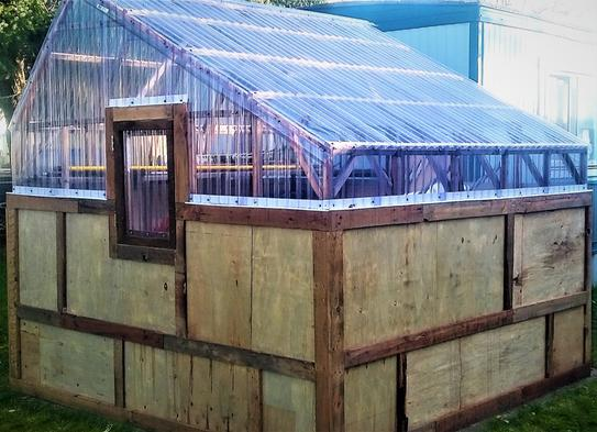 greenhouse/shed