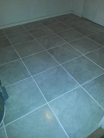 Trafficmaster Portland Stone Gray 18 In X Glazed Ceramic Floor And Wall Tile 17 44 Sq Ft Case Ulmk At The Home Depot Mobile