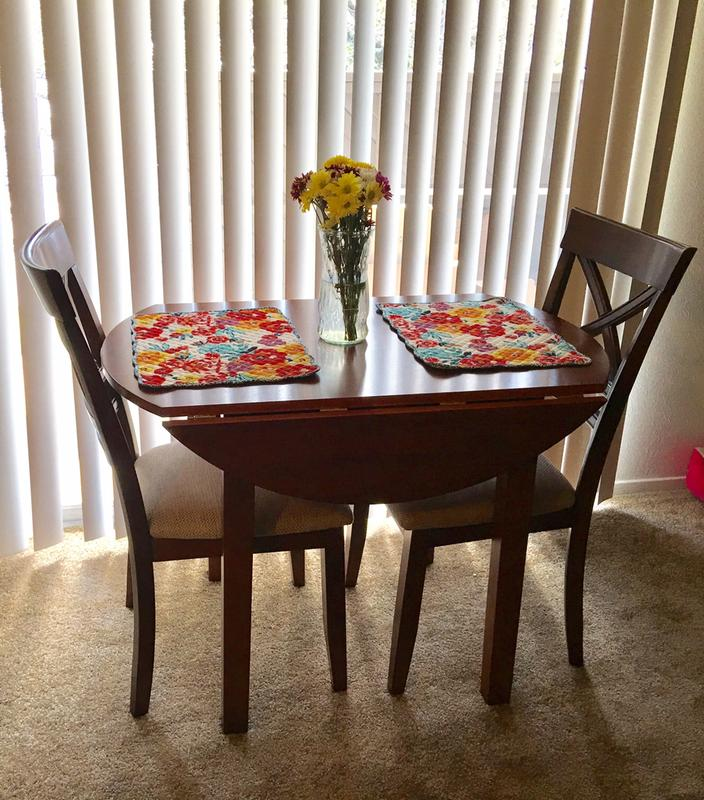 Havertys chairs best havertys furniture review www for Dining room tables havertys