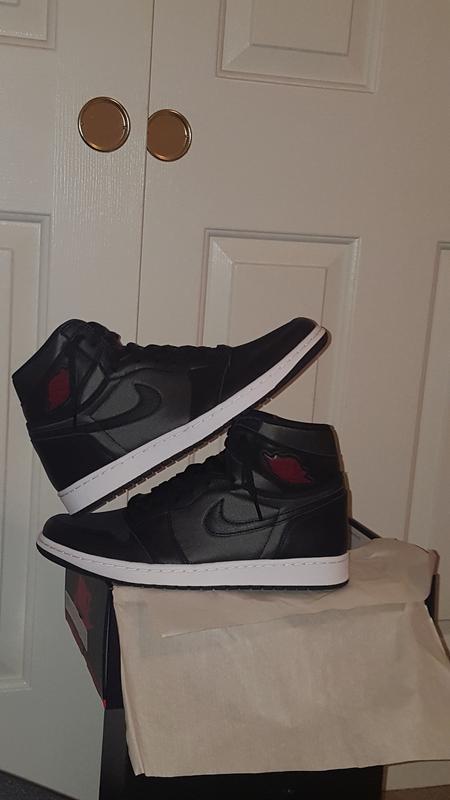 Jordan 1 Retro High Og Black Satin Gym Red Men S Shoe Hibbett