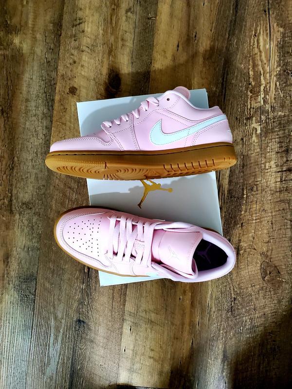 Wmns Air Jordan 1 Low 'Arctic Pink Gum'