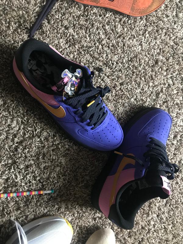 Nike Air Force 1 '07 LV8 2