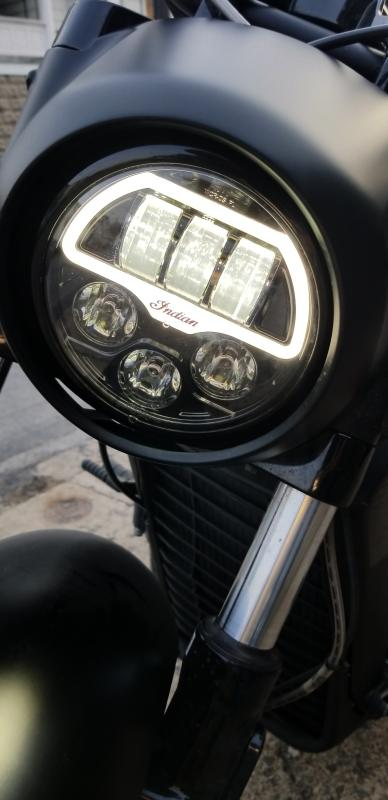 Indian Scout//Bobber//Sixty LED Headlight