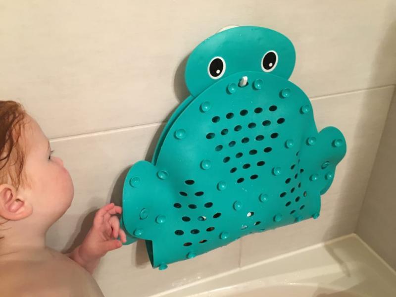 Infantino 2 in 1 Bath mat and Storage Basket