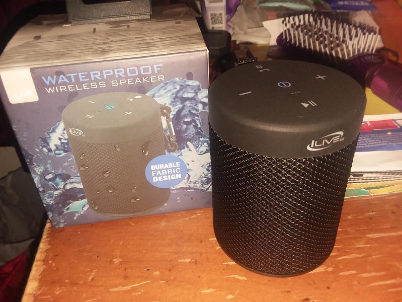 iLive Waterproof Fabric Wireless Speaker (ISBW108)