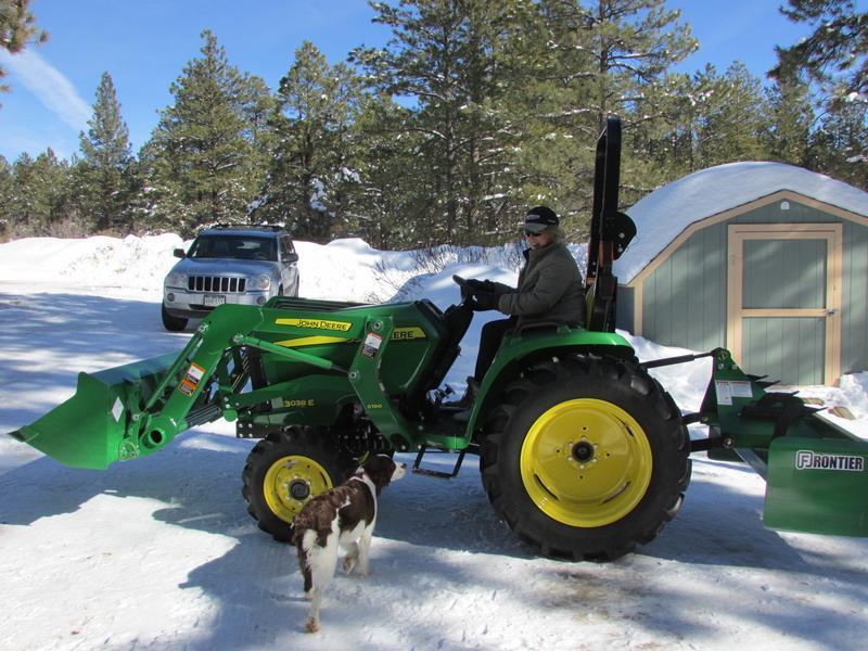 3038E | 3 Series Compact Tractors | John Deere US