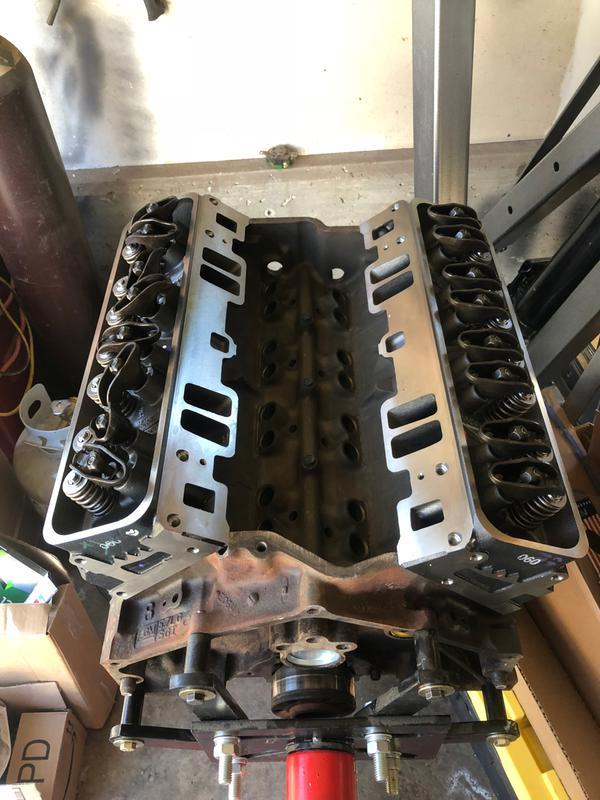 Chevrolet Performance SBC Cast Iron Vortec Cylinder Head 170cc Intake Ports