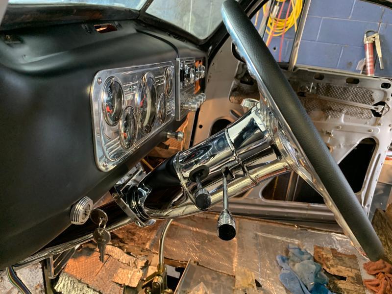 Chrome 32 L JEGS 70468 Universal Floor Shift Tilt Steering Column 2 Dia