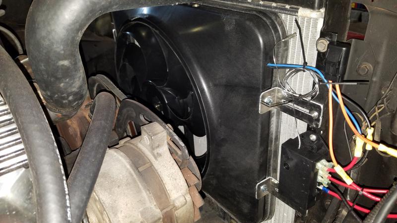 Flex-A-Lite Black Magic X-Treme Electric Puller Fan Includes adjustable  thermostat controller