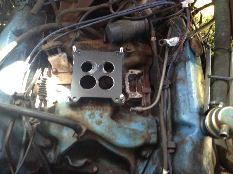 Edelbrock Performer Series 600 cfm Square Bore Carburetor