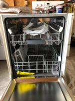 Bosch Ascenta 50-Decibel Built-In Dishwasher (White) (Common