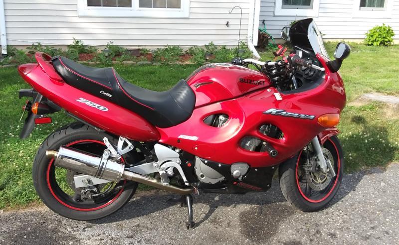 Thus was the bike it was on. 2002 Suzuki kKatana 750