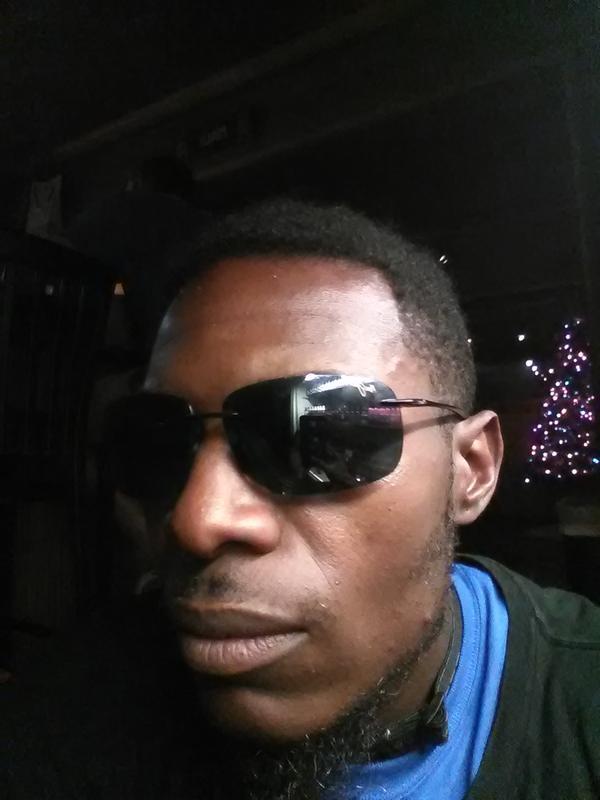 Maui Jim Sonnenbrille Breakwall 422-02 Hochglanz Schwarze Grau