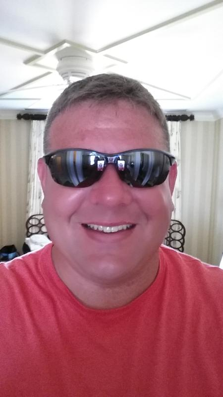 9d3dde02b7c Hot Sands Polarized Sunglasses