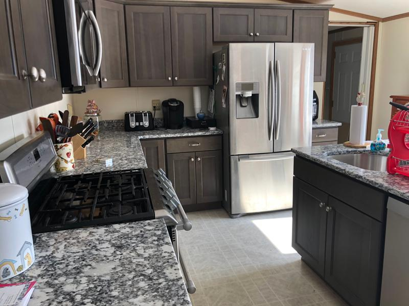 Superbe Homecrest Cabinetry