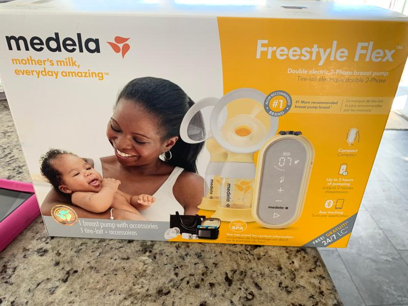 Freestyle Flex Double Electric Breast Pump Medela